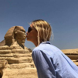 Cairo trip from Hurghada - Kissing Sphinx