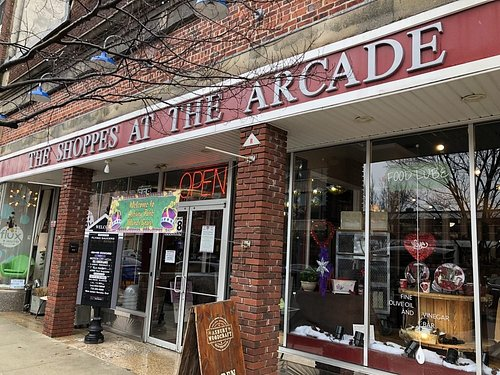 658 Cookman Aven in the Shoppes at the Arcade downstairs #18