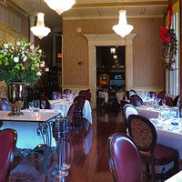 Windsor Court Hotel Restaurant (Grill Room) - Interior