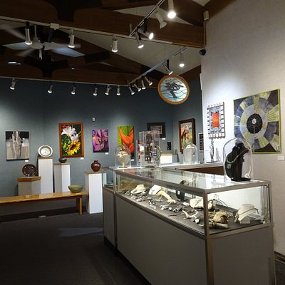 Galleries full of artistic creations