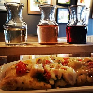 Enjoy a flatbread pizza with your wine tasting.