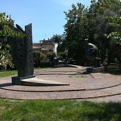 Monumento alla Resistenza в Parco Maria Callas
