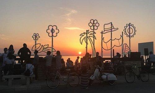 Supertele al tramonto