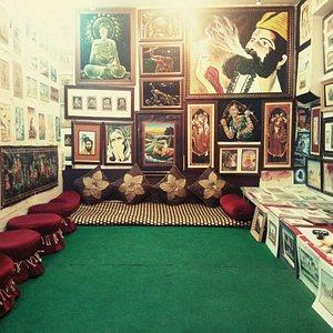Lucky Art Gallery
