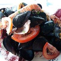 Insalata tiepida di frutti di mare
