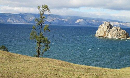 Байкал, остров Ольхон. Вид на Шаманку.
