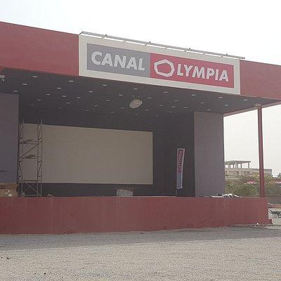 CanalOlympia Yennenga scène extérieure