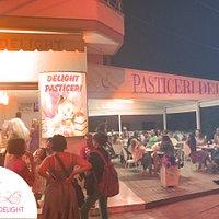 Pasticeri Delight at night