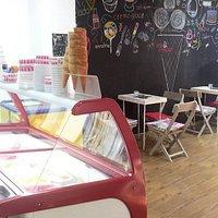 Mix 'n Match Ice Cream Shop