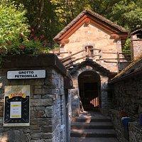 Grotto Petronilla