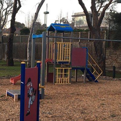 Kooyong Park Playground