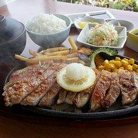 一番人気‼️ 沖縄県産あぐー豚のサーロインステーキ‼️☺️