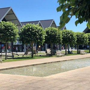 Centre Commercial Marques Avenue La Seguinière