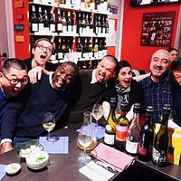 Une soirée normale au bar-à-vins :-)