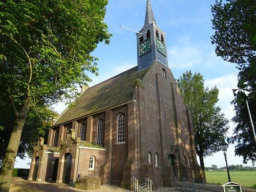 Krommeniedijk;18de eeuwse Hervormde Kerk uit het jaar 1755
