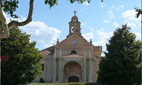 Fachada Santuario