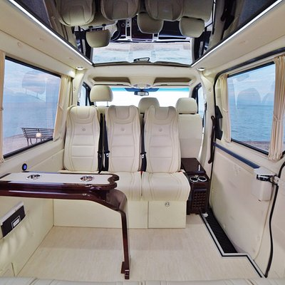 Mycorfudriver s Mercedes-Benz FIRST CLASS VIP VAN up to 7 people
