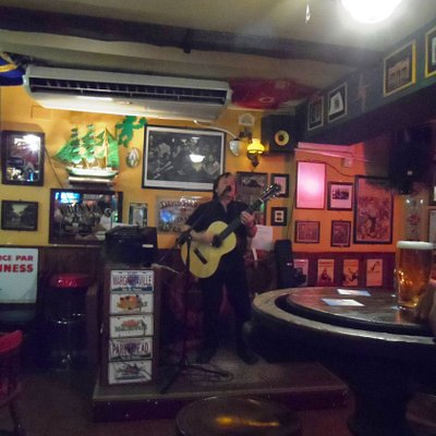 Live music @ The Irish Affair