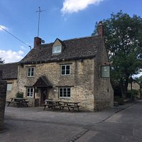 Shilton Rose and Crown front view