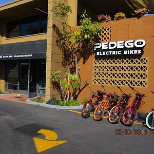Our store located in the Cedros Ave Design District