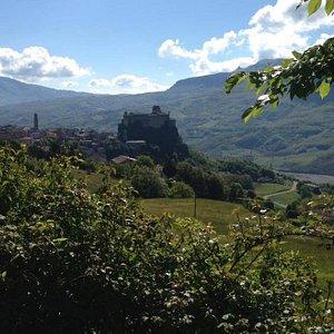 Castello di Bardi, view from San Siro Church - foto Amanda Marzolini