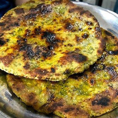 Makki di Roti (Indian flatbread)