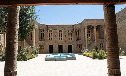 Daroogheh historical house