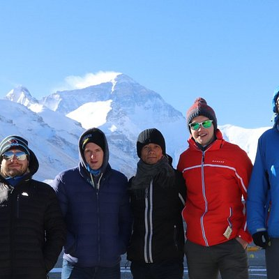 Group tour visiting Everest Base Camp in Tibet