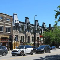 Mont Royal Avenue