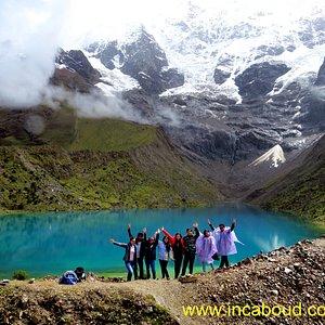uno de los mas hermosos lugares para visitar en Cusco Laguna de Humantay Humantay lake