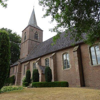 17de eeuwse Johanneskerk Diepenheim uit het jaar 1679