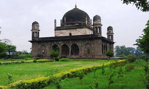 Tomb of Shah Nawaz Khan aka Black Taj