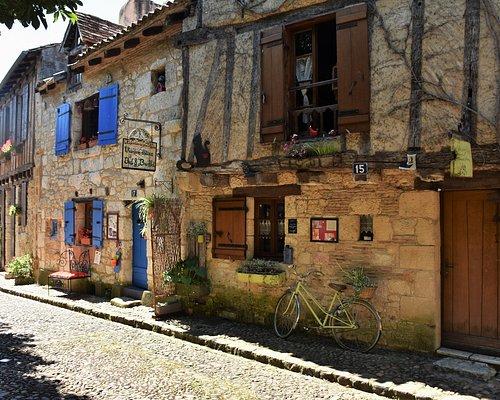 maisons à colombage de la place de la Myrpe...