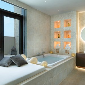 GOCO Spa Ajman features Ajman's first luxury spa suite experience where couples can take advanta