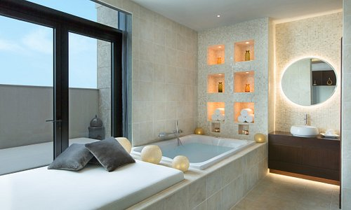 GOCO Spa Ajman features Ajman's first luxury spa suite experience where couples can take advanta