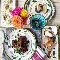 ravioles de alcachofa, quinoa armoires, confit de pato con salsas de cerezas negras y marsala