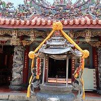 カラフルな寺院