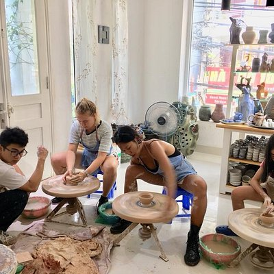 Handcrafted Ceramic Workshop on every Saturday afternoon