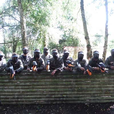 Black team ready for there paintball battle