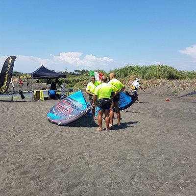 tsunami kite School