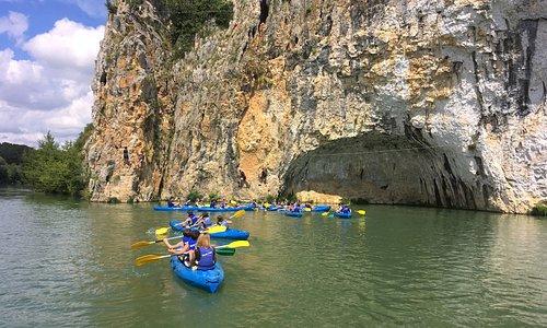 Kayak-Tribu-Roque-Aubais-Location-Canoe-Paddle-Via-Ferrata