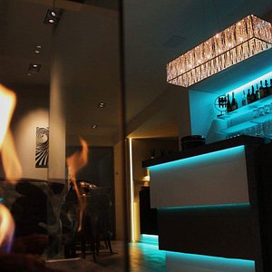 Lounge Barcode
