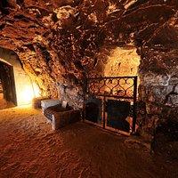 Venez visiter notre cave millénaire datant des invasions viking de l'an 1000 !