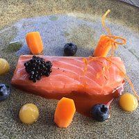 Sous-vide salmon (cold)