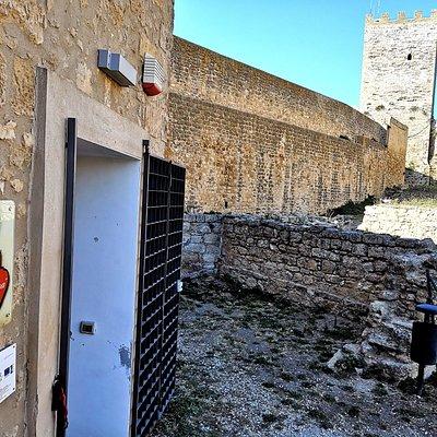 """Enna sede Pro Loco Enna """"Proserpina"""" interno Castello di Lombardia"""