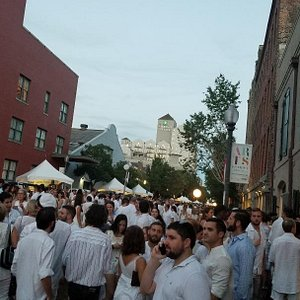 Almost everyone was dressed in white.