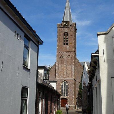 Kamerik;Sint-Hippolytuskerk uit 1834;kerk-toren uit jaar 1500