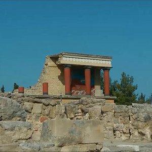 Knossos Palace - The capital of Minoan civilization