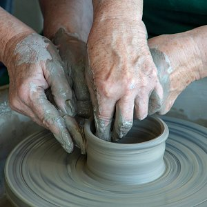 Hands-on tuition at the potter's wheel (ceramicist Susan Tindale).