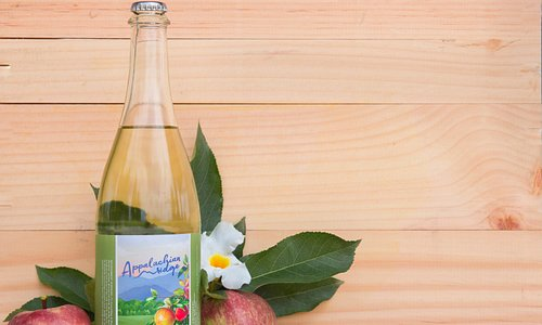 Bearwallow Mountain Hard Cider, The Original (Wallace #1)